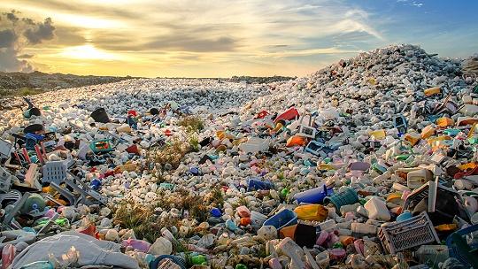 Smutné rekordy. Odpadu je čoraz viac, každý...