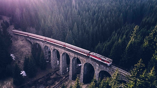 Zoznam všetkých letných mimoriadnych vlakov....