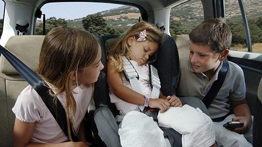 Ako má vyzerať zasadací poriadok v aute?...