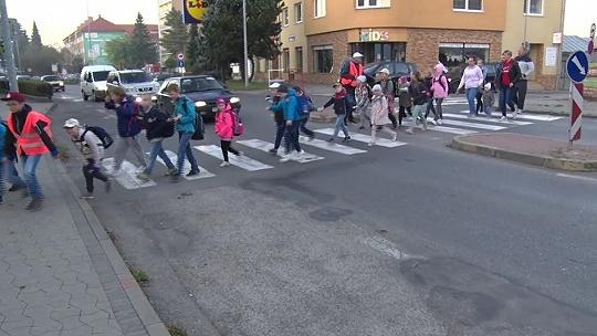 """Do školy po svojich! """"Deti sa ráno..."""