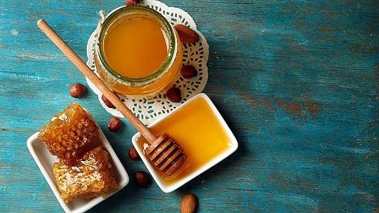 Prečo je med pre deti lepší ako cukor?