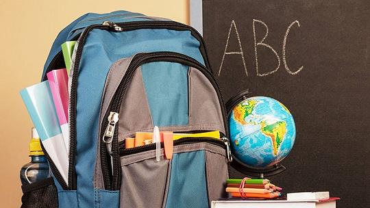 Koľko má vážiť školská taška aj s...