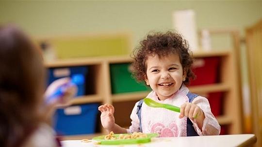 Viac detí získa nárok na dotáciu na stravu