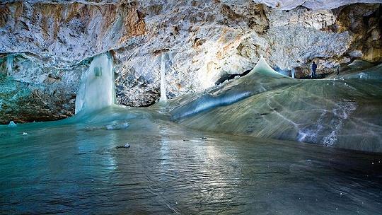 V Dobšinskej ľadovej jaskyni sa pred 70 rokmi...